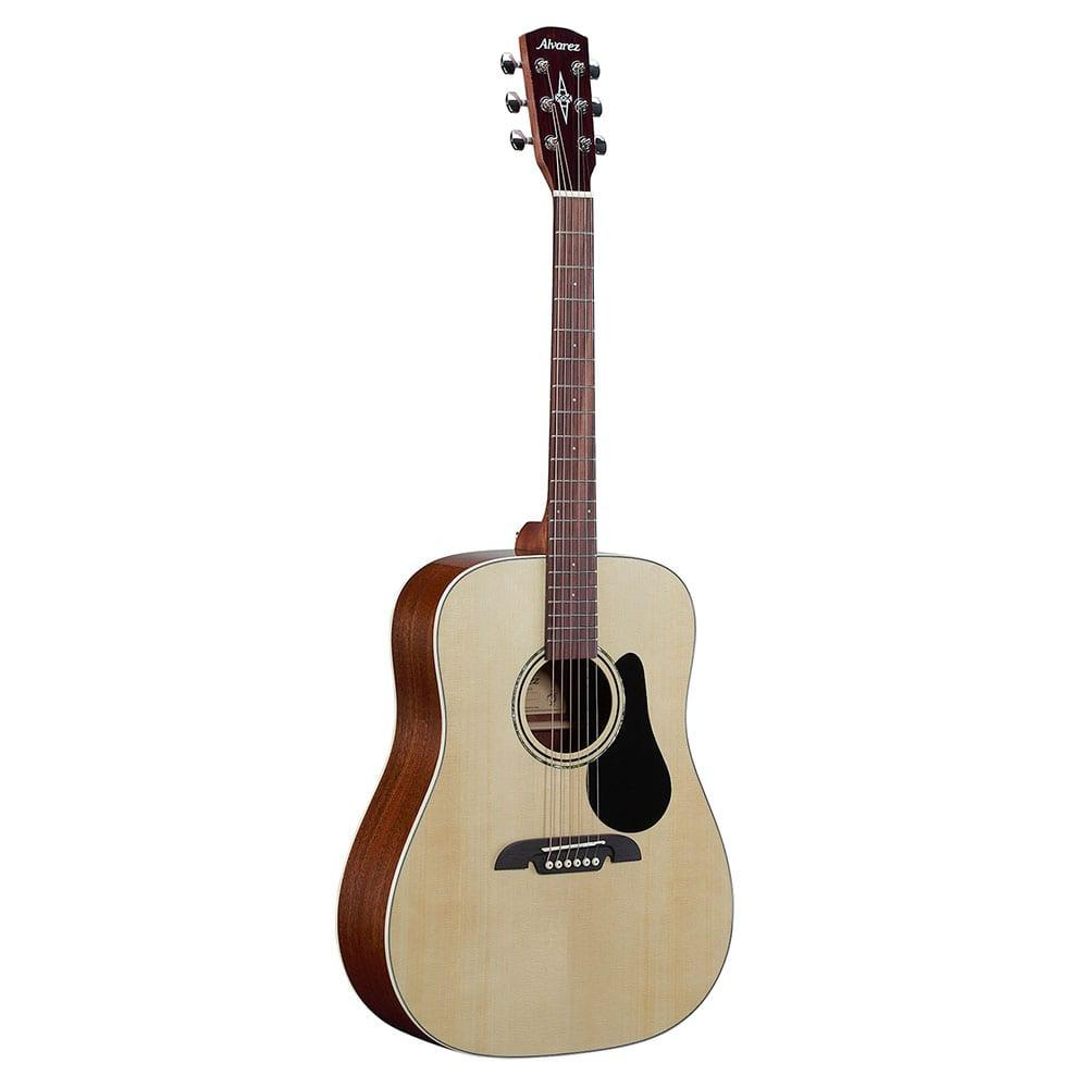 חבילת גיטרה אקוסטית למתחילים Alvarez RD26S-15635