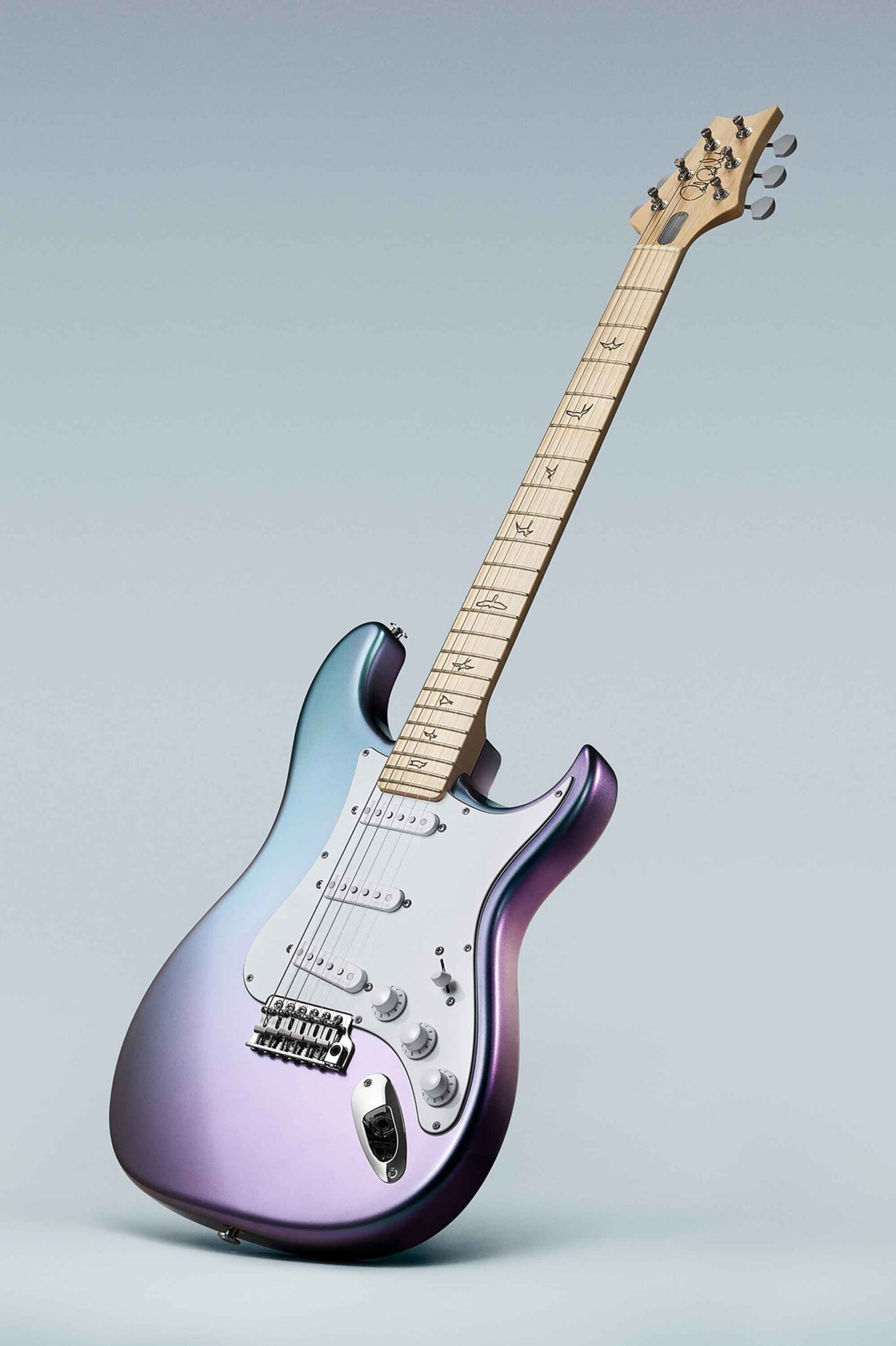 גיטרה חשמלית PRS Silver Sky Limited Edition Lunar Ice