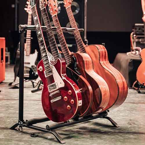 סטנד מתקפל ל-5 גיטרות AWEDA GV-G5