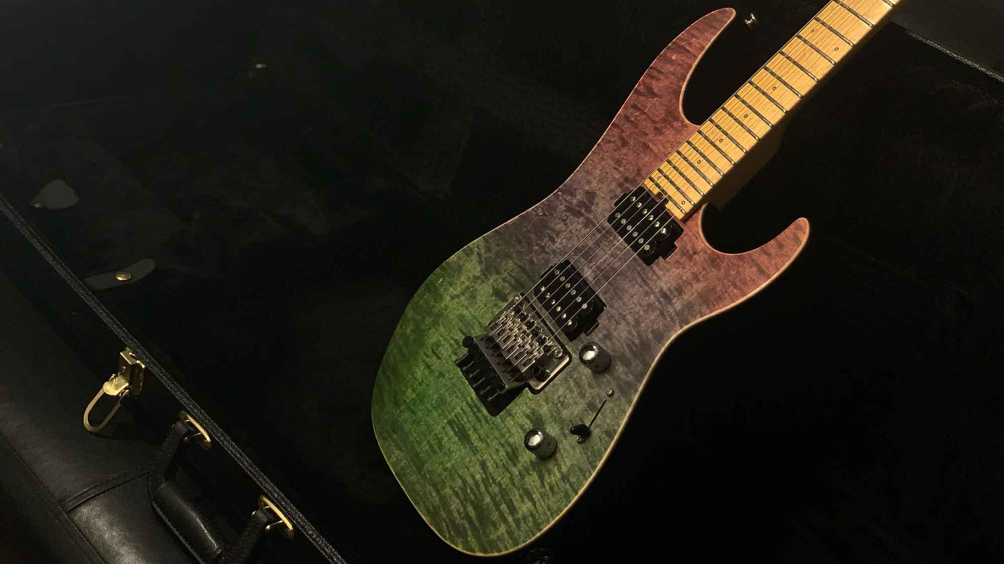 גיטרה חשמלית Friedman NoHo 24, Green-Blue-Red Fade
