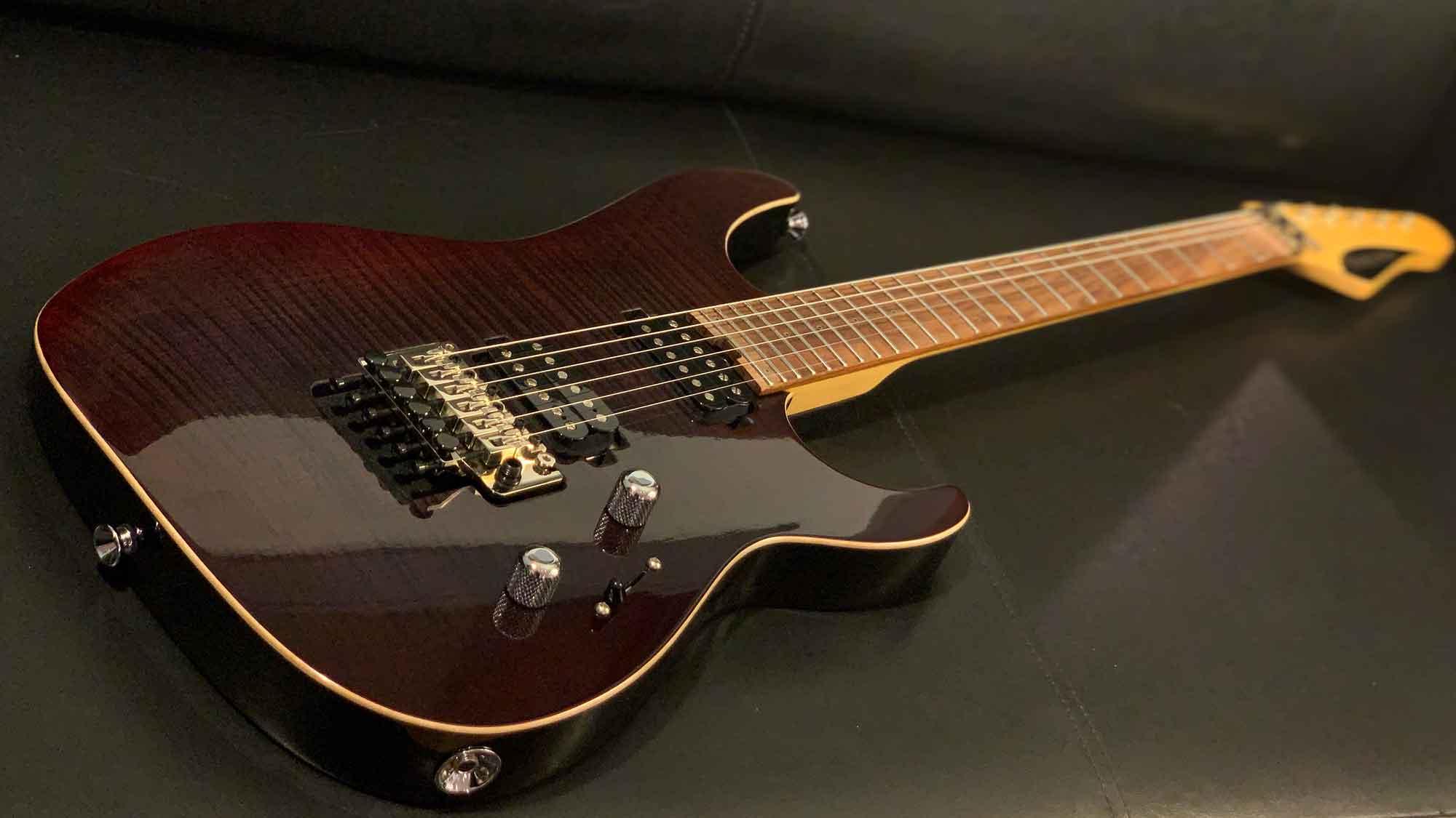 גיטרה חשמלית Friedman NoHo 24, Black Cherry Burst Trans
