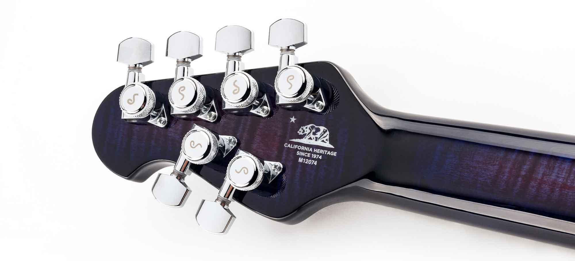 מפתחות ננעלים של ה-Music Man Majesty