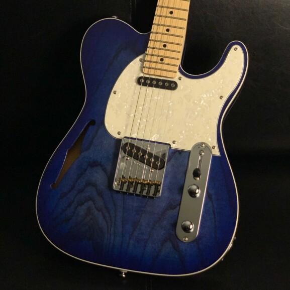 גיטרה חשמלית רבע נפח G&L Tribute ASAT Classic Semi-Hollow Limited Edition, Bright Blueburst, Maple