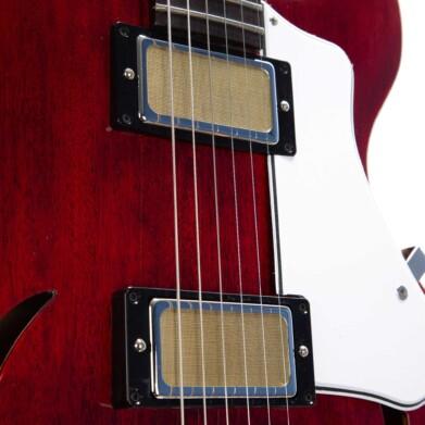 גיטרה חשמלית רבע נפח Harmony Comet צבע Trans Red