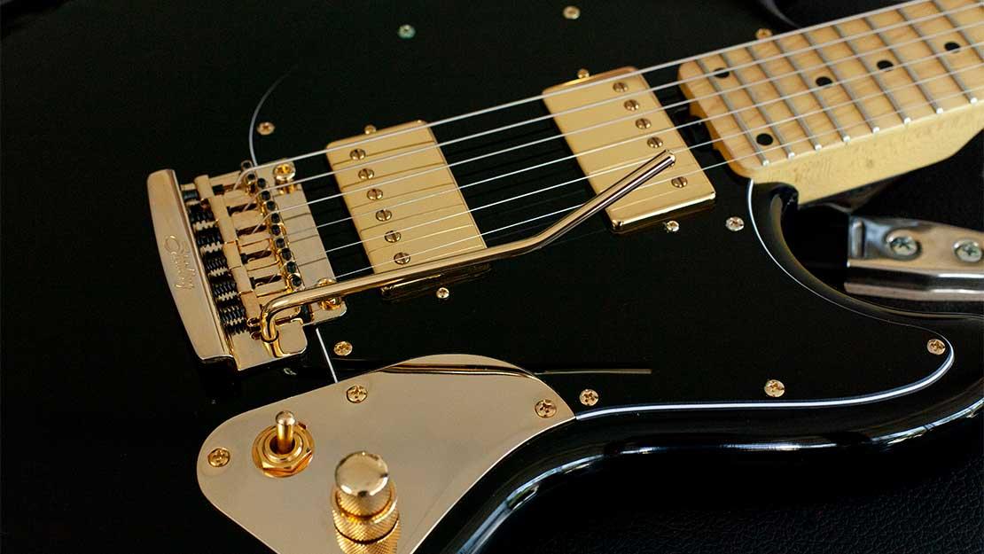גיטרה חשמלית Sterling by Music Man Jared Dines Artist Series StingRay Guitar